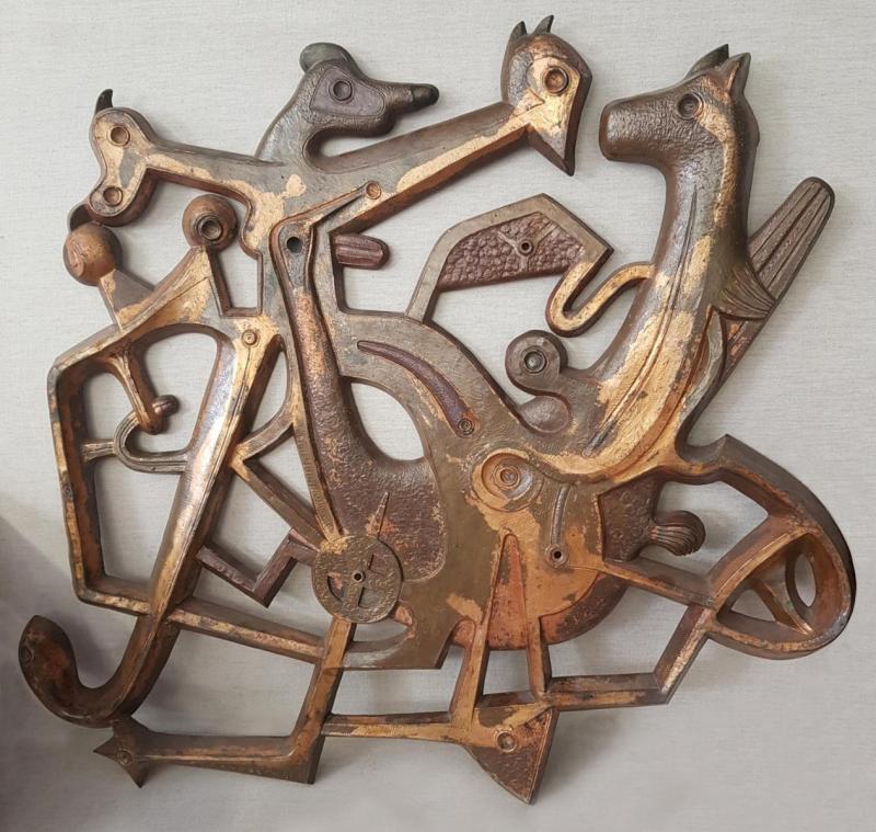 Μιχάλης Τόμπρος,Γλυπτό από οξειδωμένο χάλκινο,Σύνθεση,670 x750 cm